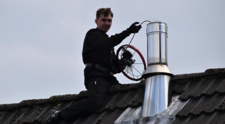 Hoe kruip je veilig op een dak?